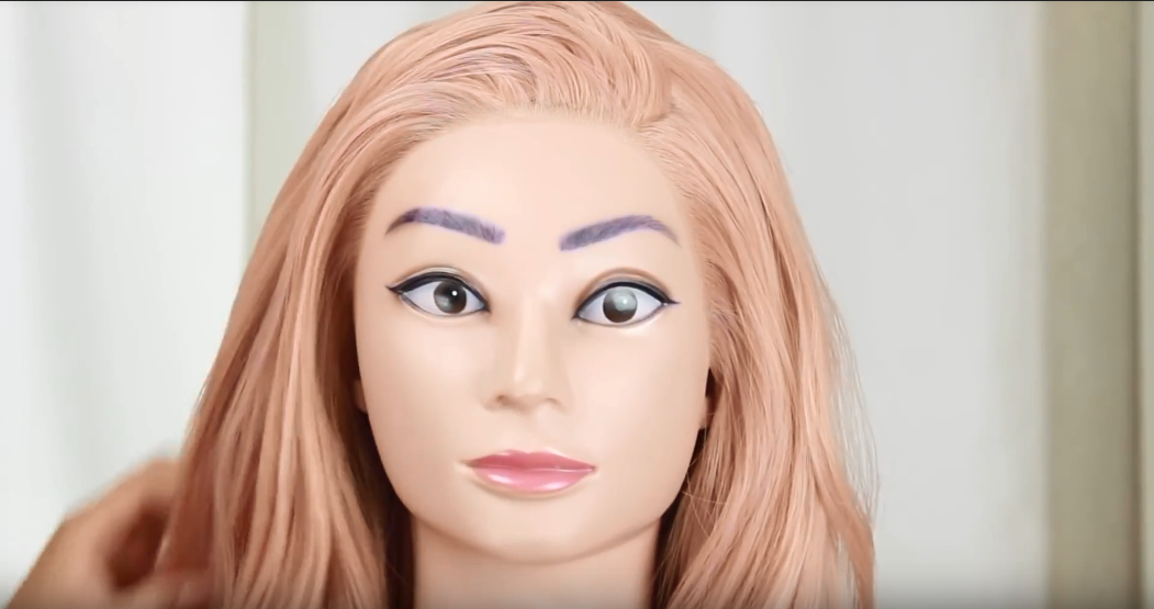 How To Wear a Syntehtic Lace Front Wig 01